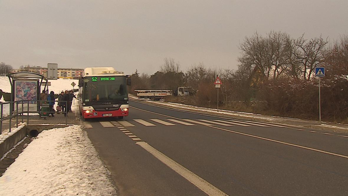Nepřehledný přechod pro chodce v Brně-Bystrci