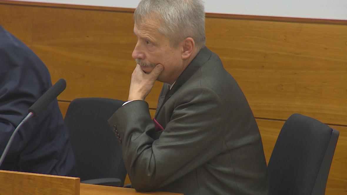 Soudce René Příhoda před kárným senátem