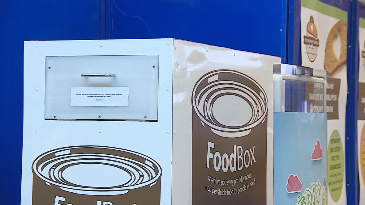 První Food Box v brněnském supermarketu