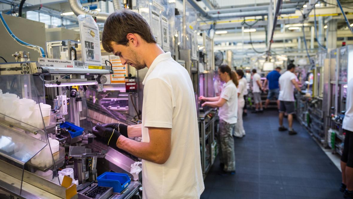Českobudějovická firma Robert Bosch, která patří do skupiny největšího výrobce komponentů do aut