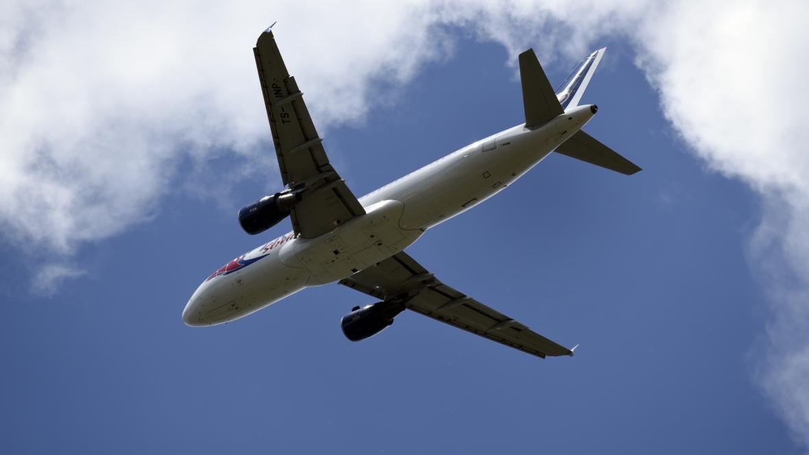 Let společnosti Travel Service