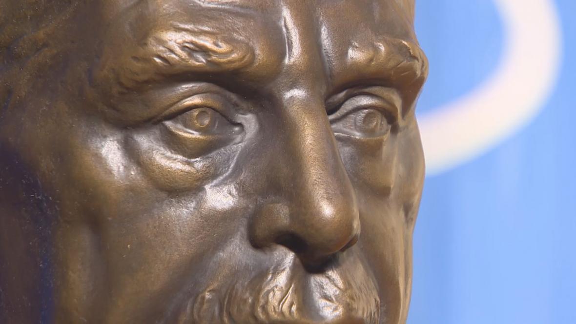 Busta Václava Havla na newyorské Kolumbijské univerzitě
