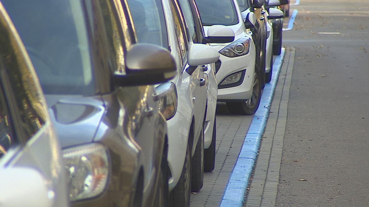 Druhá vlna rezidentního parkování v Brně
