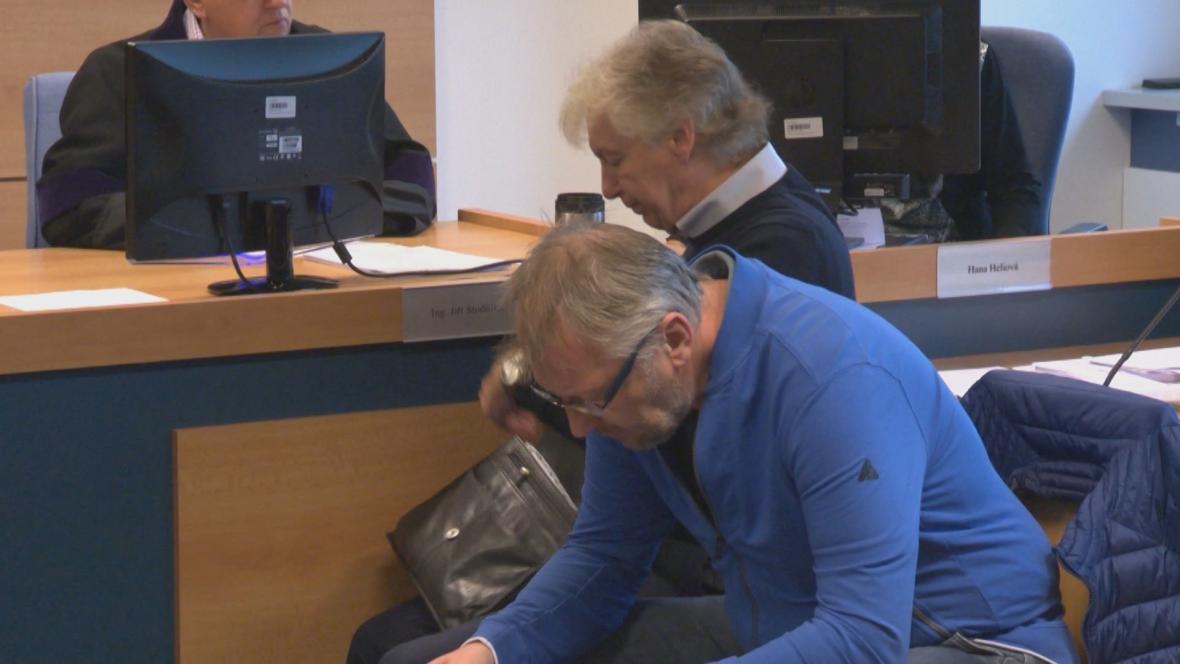 Karel Holoubek a Jaroslav Šesták před soudem