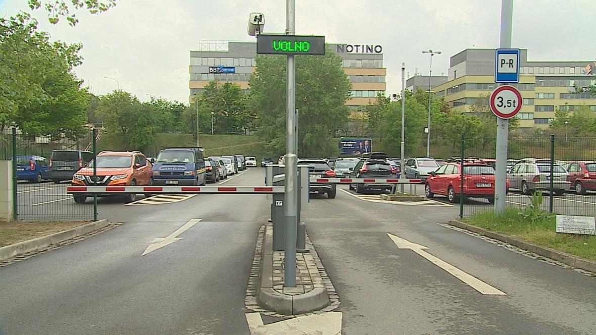 Parkoviště P+R u Ústředního hřbitova v Brně