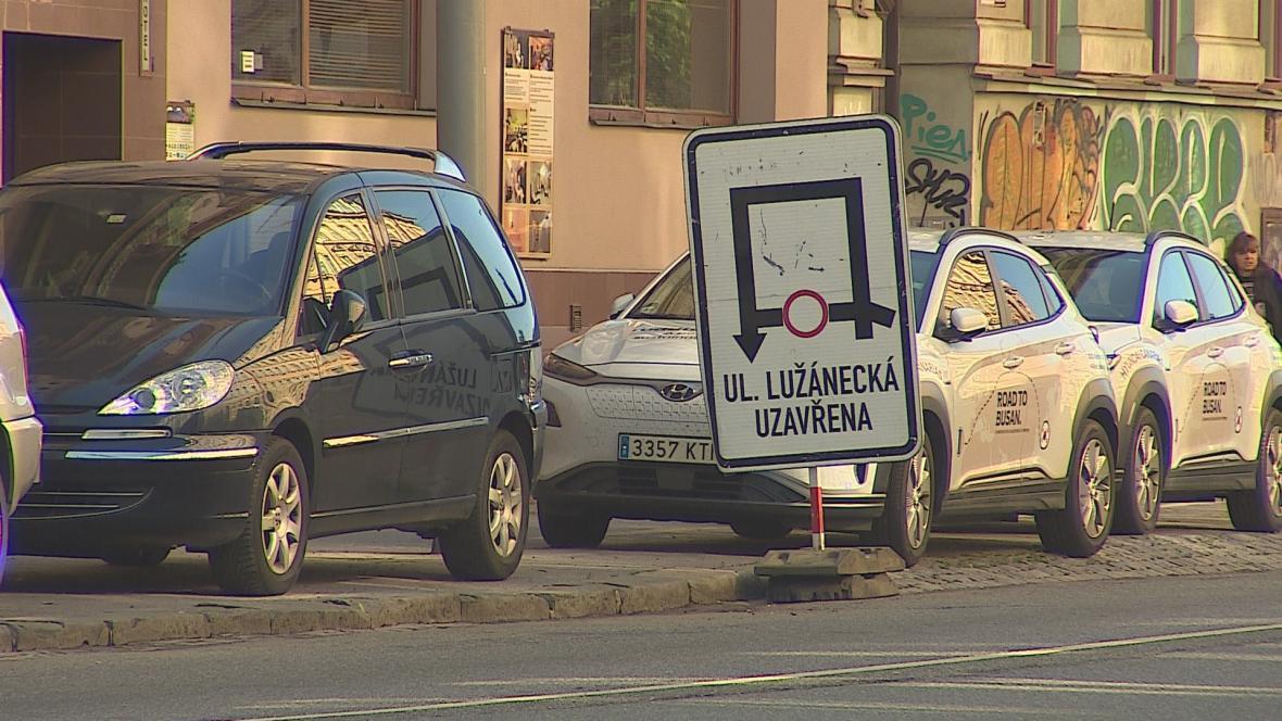 Uzavření Lužánecké ulice v Brně