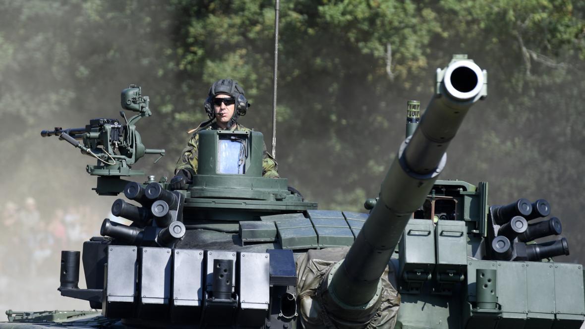 Hlavní bojový tank české armády T-72M4 CZ