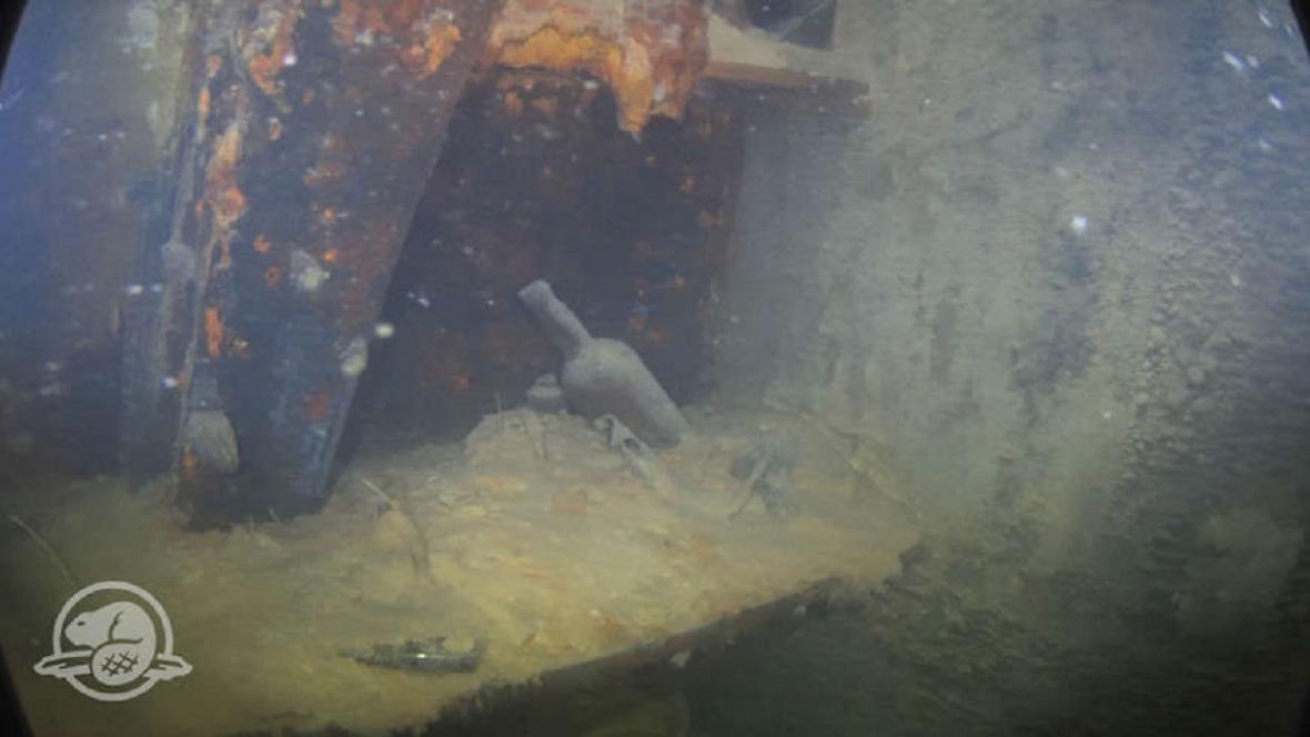 Uvnitř vraku lodi Terror