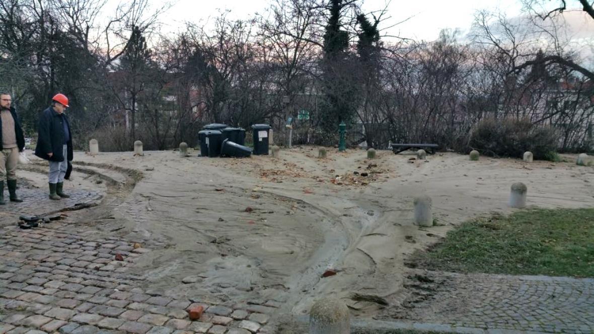 Havárie vody ve Střešovicích