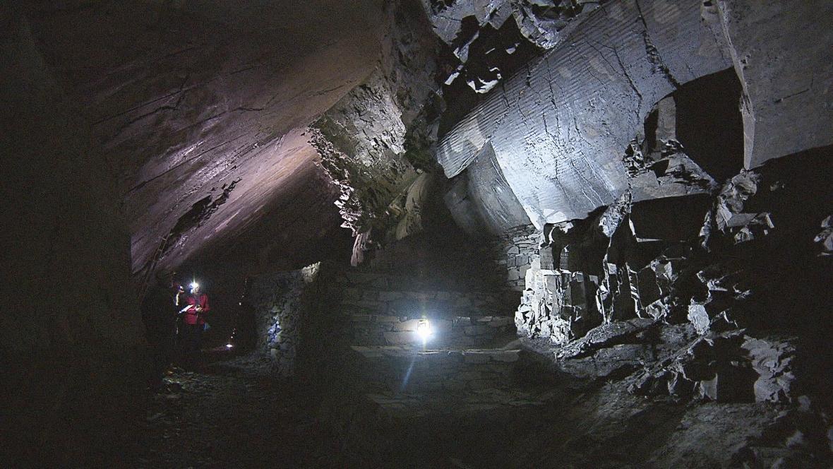 V podzemí se skrývá i Oderská vrása