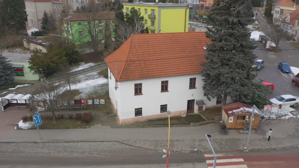 Budova fary v Drnovicích