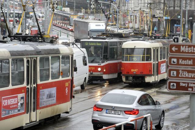 Dopravní kolaps na Žižkově