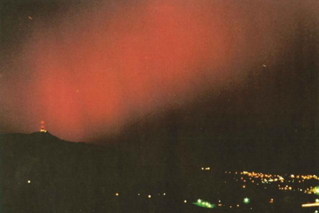 Polární záře 17. listopadu 1989 z Javorníku u Liberce