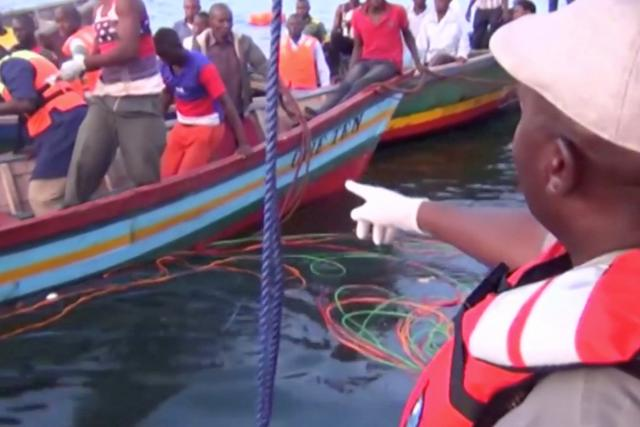 Záchranné práce na Viktoriině jezeře