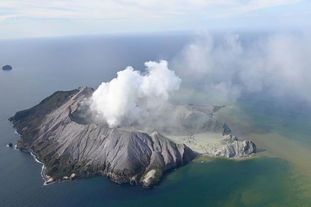 Výbuch sopky na White Island