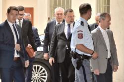 Miloš Zeman přijíždí k pražskému obvodnímu soudu