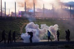 Střety v uprchlickém táboře v Calais