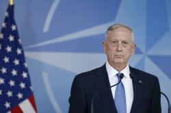 James Mattis v centrále NATO