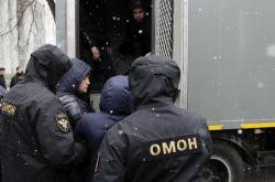 Policie v Minsku zadržela kritiky režimu