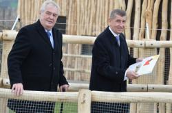 Miloš Zeman  a Andrej Babiš na farmě Čapí hnízdo