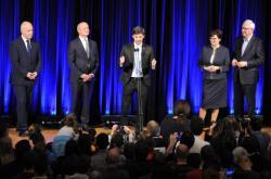Debata s kandidátem na prezidenta Jiřím Drahošem a neúspěšnými kandidáty z prvního kola Markem Hilšerem, Michalem Horáčkem a Pavlem Fischerem v Brně