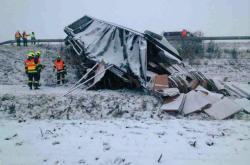 Nehoda kamionu v jihomoravských Herolticích