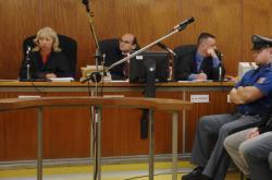Soudce Ivan Elischer (druhý zleva)