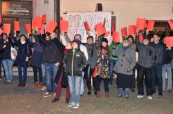 Protest proti Miloši Zemanovi v Lipníku nad Bečvou
