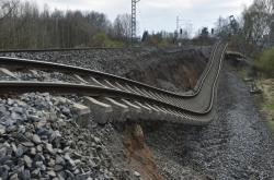 Sesuv železničního spodku na trati Cheb - Klášterec nad Ohří