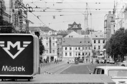 Tramvaj na Václavském náměstí