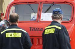 Přehlídka hasičské techniky ve Zbirohu