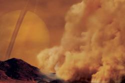 Prachová bouře na Titanu