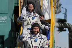 Astronauti Nick Hague a Alexej Ovčinin