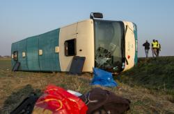 Nehoda autobusu u Holic