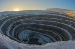 Diamantový důl firmy Alrosa v Jakutsku