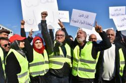 Demonstranti v Libanonu se inspirovali francouzskými žlutými vestami