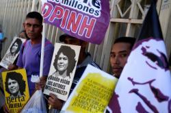 Protest původních obyvatel po vraždě ekologické aktivistky v Hondurasu