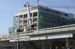 Statiku mostu na Vltavské zajistí nové nosníky