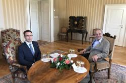 Prezident Zeman jedná s Vladimírem Kremlíkem