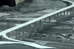 Budování nové stavby v Janově vede architekt Renzo Piano (na snímku model mostu)