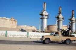 Haftarovy síly u jednoho z ropných terminálů u Benghází v roce 2016
