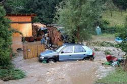 Přes Šumpersko se prohnala silná bouře, ve Štítech vyplavila domy