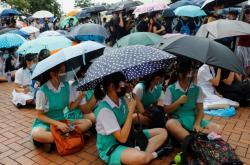 K protestům v Hongkongu se připojili studenti