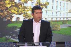 Vicepremiér Jan Hamáček (ČSSD) na tiskové konferenci po jednání vlády