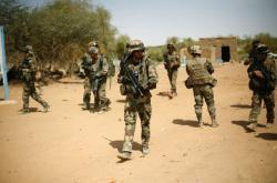 Francouzští vojáci v Mali