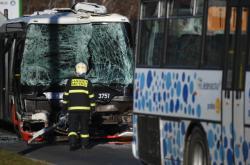 Dopravní nehoda autobusů na pražském Chodově