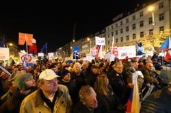 Demonstrace Milionu chvilek na Václavském náměstí 10. prosince