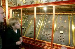 Drážďanskou klenotnici navštívila v minulosti i kancléřka Angela Merkelová
