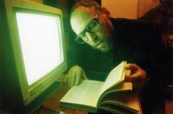 """Dmitrij A. Prigov / Z cyklu """"Počítač v ruské rodině"""", 1994"""