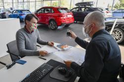 Koupě auta v době koronaviru